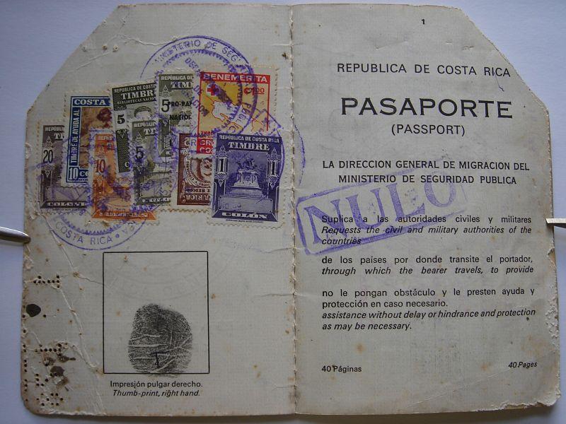 calderon-ofelia-passport-01