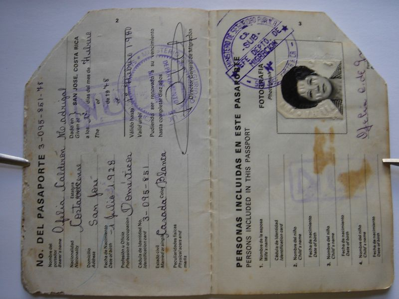 calderon-ofelia-passport-02